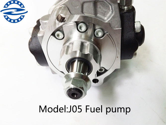 J05 Engine Electric Injection Fuel Pump For Excavator Silver Color