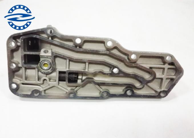 6735-61-2260 PC200 6D102 Oil Cooler Cover / Excavator Engine Parts